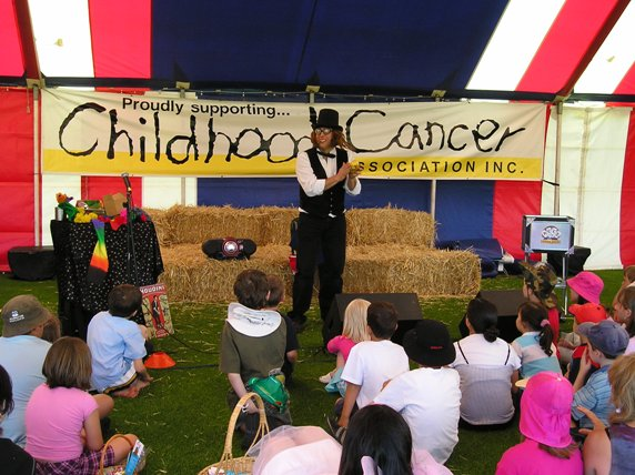 CANCER KIDS SHOW 007 MODIFIED.jpg (72647 bytes)